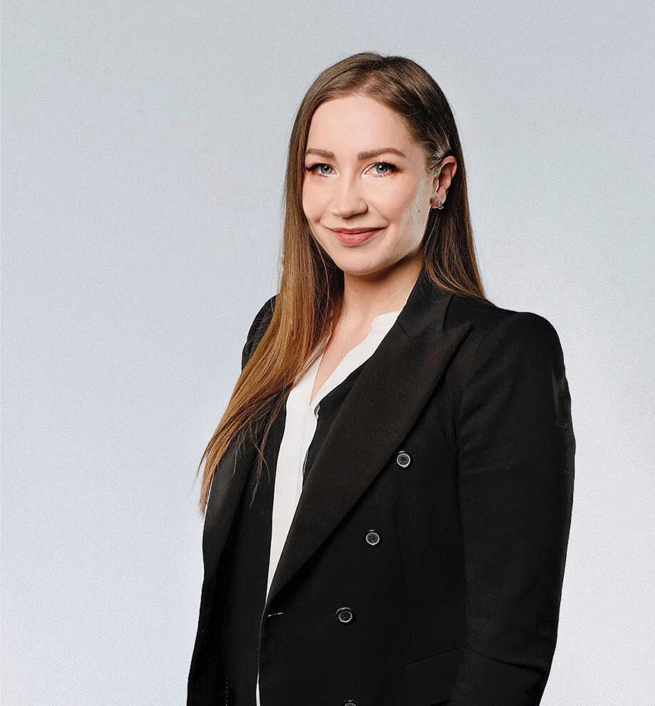 Julia Tiainen Wulff Entre